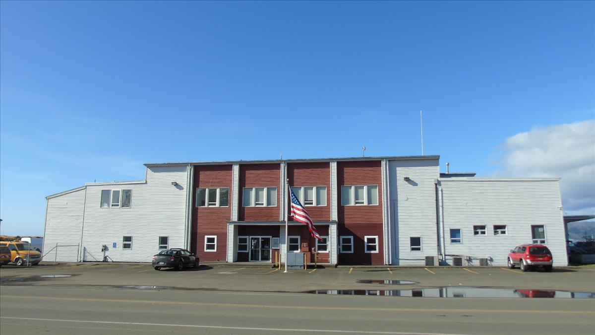 422 Gateway Building - Front Entrance