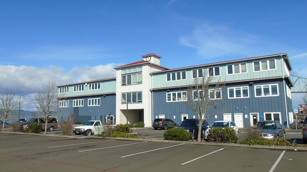 10 Pier 1 Building