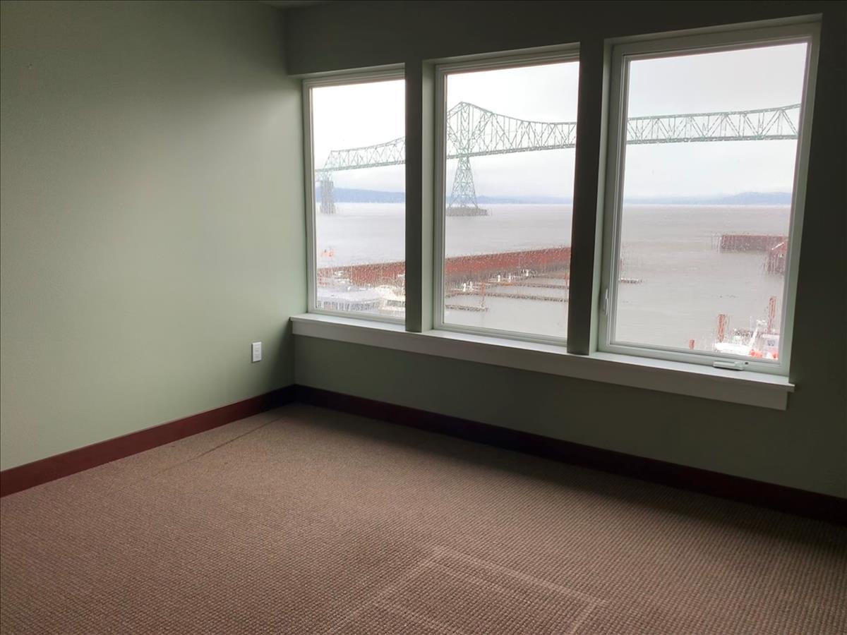 Suite 301 - SE Office